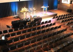 Normal_congreszaal_leef